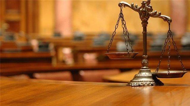 Πρώην πρόεδροι Δικηγορικών Συλλόγων: Προβληματισμός από τα εντάλματα σύλληψης των δυο ποινικολόγων