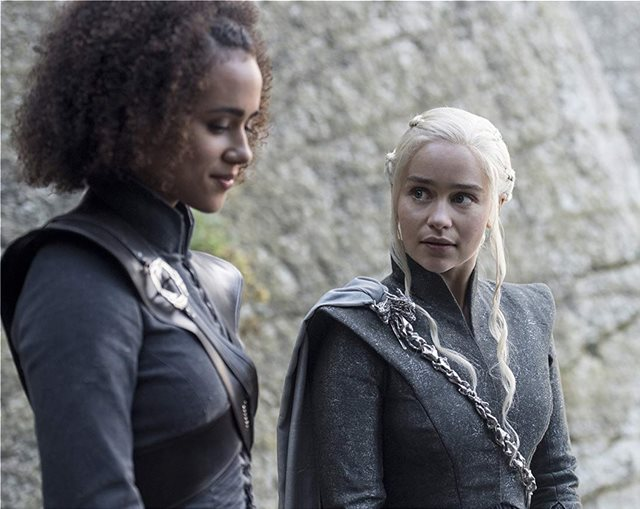 20 φωτογραφίες από το Game of Thrones που θα καταστρέψουν την μαγεία της σειράς για πάντα
