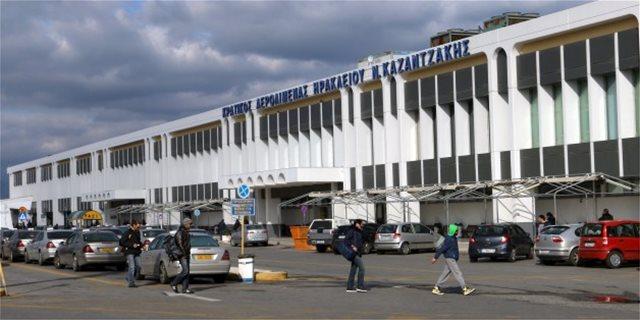 Θλίψη στην Κρήτη: Βρετανίδα άφησε την τελευταία της πνοή μέσα στο αεροπλάνο
