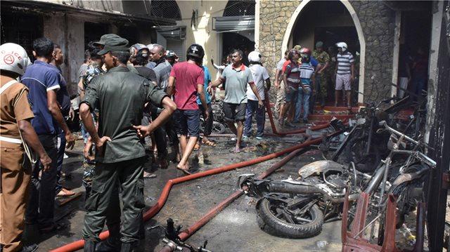 Εφιάλτης χωρίς τέλος στη Σρι Λάνκα: Συνεχίζονται οι φονικές εκρήξεις - Αυξάνονται οι νεκροί