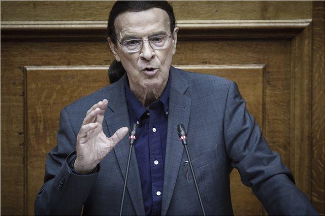 «Φίλια πυρά» κατά του νομοσχεδίου Γαβρόγλου - Απόσυρση διάταξης ζητά ο Κουράκης