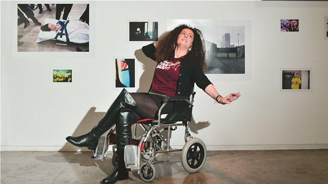Κατερίνα Βρανά: Γύρισε από τον θάνατο και το έκανε παράσταση γέλιου