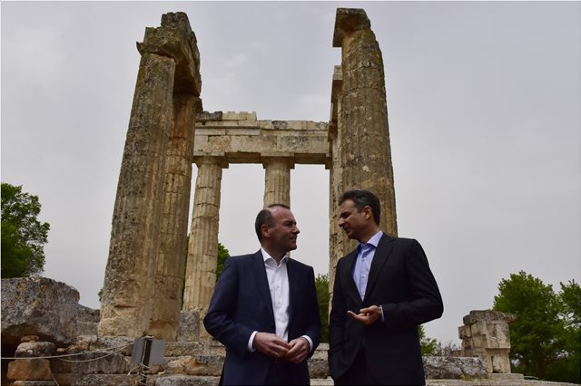 Μητσοτάκης-Βέμπερ: Ο Τσίπρας υποσχέθηκε πολλά, αλλά δεν τα υλοποίησε