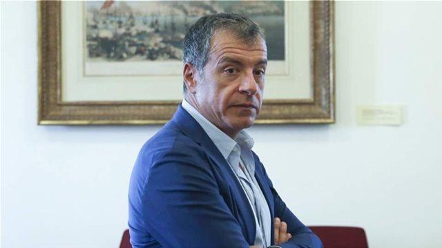 Θεοδωράκης για Κυμπουρόπουλο: Τα δικαιώματα των πολιτών με αναπηρία είναι κατοχυρωμένα με αγώνες