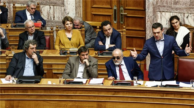 «Άνω-κάτω» με τον Πολάκη ο ΣΥΡΙΖΑ - Το εσπευσμένο τηλεφώνημα Τσίπρα