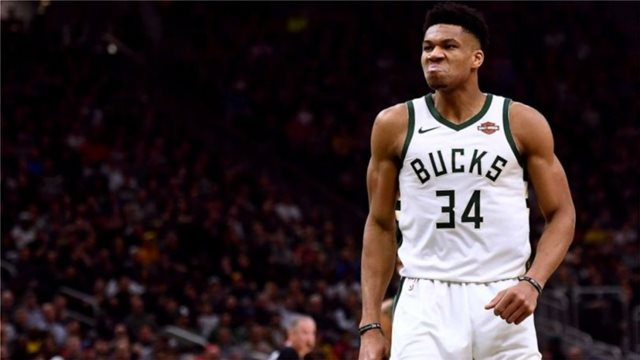 Η φανέλα του Αντετοκούνμπο 3η σε πωλήσεις στο NBA!