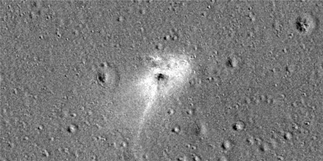 Η NASA έδωσε φωτογραφία του Beresheet που συνετρίβη στην επιφάνεια της Σελήνης