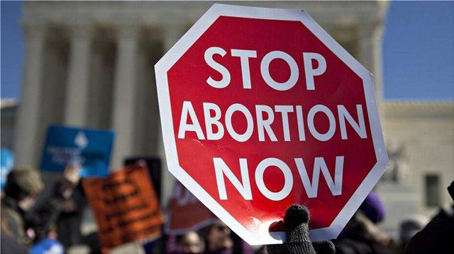 Αμερικανικοί κολοσσοί υπεραμύνονται του δικαιώματος στην άμβλωση