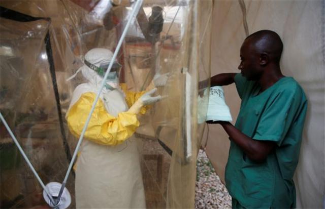 ΠΟΥ: Η επιδημία Έμπολα στην Αφρική πιθανόν συνιστά παγκόσμια απειλή