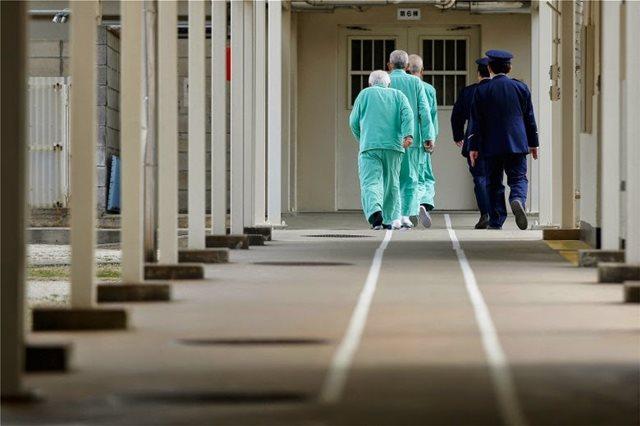 Ιαπωνία: Σε σκληρή φυλακή ο πρώην πρόεδρος της Nissan - Οι τρόφιμοι κοιμούνται μόνο δύο ώρες