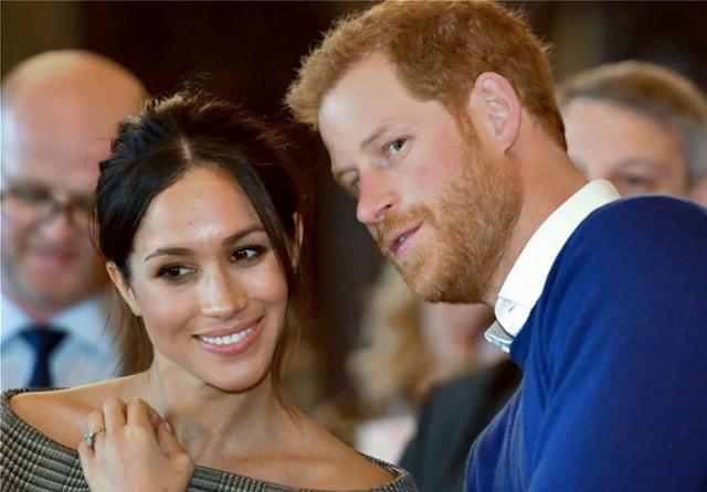 «Βόμβα» στο Μπάκιγχαμ: Απάτησε ο πρίγκιπας Χάρι την Μέγκαν προτού παντρευτούν;
