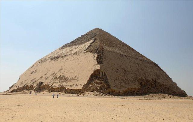 Αίγυπτος: Άνοιξαν για το κοινό δύο νέες πυραμίδες