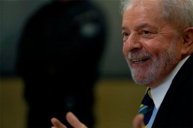 Βραζιλία: Δικαστής διέταξε να αποφυλακιστεί ο πρώην πρόεδρος Λούλα