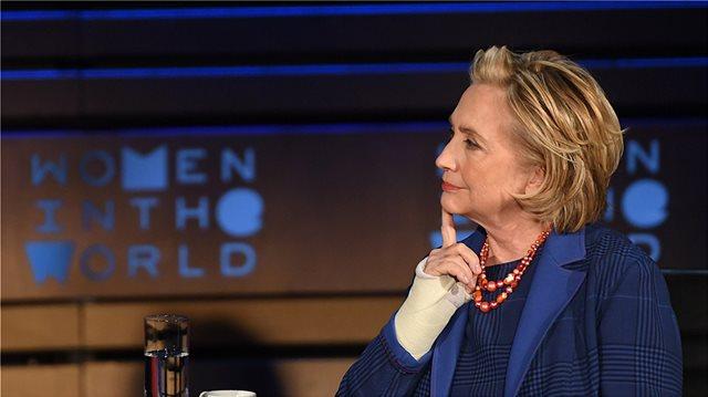 Η Χίλαρι Κλίντον απαντά στις φήμες: Δεν είχα ποτέ ερωτική σχέση με γυναίκα, ούτε μπήκα στον πειρασμό