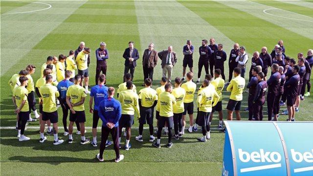 Radio Catalunya: Πέντε παίκτες της Μπαρτσελόνα είχαν βρεθεί θετικοί σε κορωνοϊό