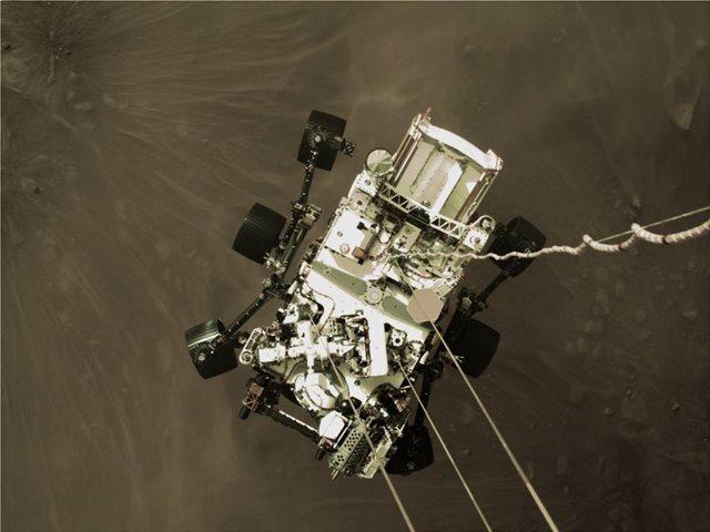 NASA PERSEVERANCE: ΝΕΟ ΒΙΝΤΕΟ ΑΠΟ ΤΗΝ ΙΣΤΟΡΙΚΗ ΠΡΟΣΕΔΑΦΙΣΗ ΣΤΟΝ ΠΛΑΝΗΤΗ ΑΡΗ
