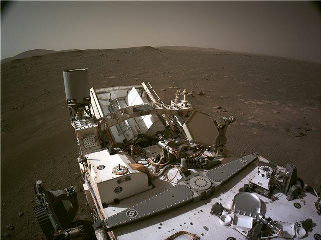 NASA: ΑΥΤΗ ΕΙΝΑΙ Η ΠΡΩΤΗ ΠΑΝΟΡΑΜΙΚΗ ΦΩΤΟΓΡΑΦΙΑ ΤΟΥ PERSEVERANCE ΑΠΟ ΤΟΝ ΠΛΑΝΗΤΗ ΑΡΗ