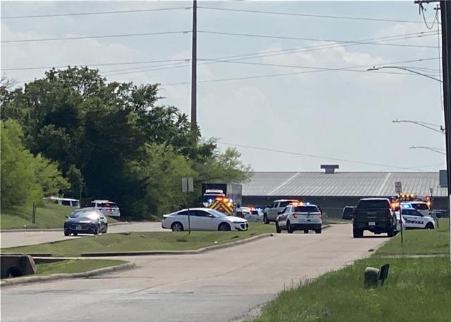 Πυροβολισμοί σε γραφεία στο Τέξας