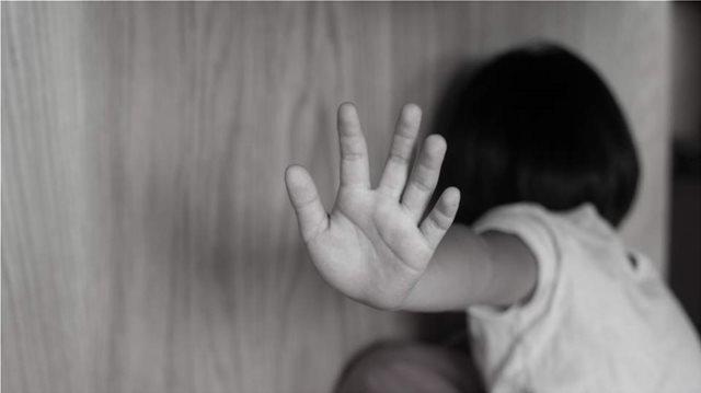 ΚΟΡΩΝΟΙΟΣ: Η ΠΑΝΔΗΜΙΑ ΑΥΞΗΣΕ ΤΙΣ ΒΙΑΙΕΣ ΣΥΜΠΕΡΙΦΟΡΕΣ ΣΕ ΒΑΡΟΣ ΠΑΙΔΙΩΝ ΚΑΙ ΤΗΝ ΕΦΗΒΙΚΗ ΠΑΡΑΒΑΤΙΚΟΤΗΤΑ