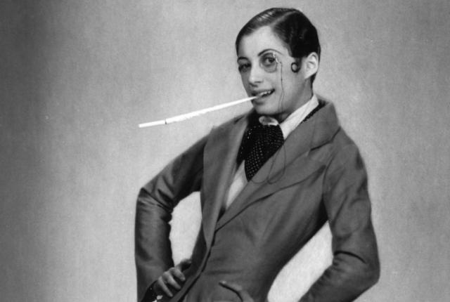 ΔΕΝ ΞΕΚΙΝΗΣΕ ΑΠΟ ΤΗΝ TWIGGY: ΟΙ ΥΠΕΡΛΕΠΤΕΣ FLAPPERS ΤΩΝ 20S