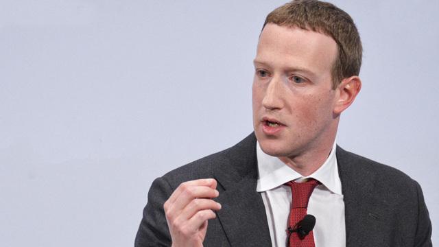 Wall Street Journal: Το Facebook άφησε VIP χρήστες του να παραβιάσουν τους κανόνες