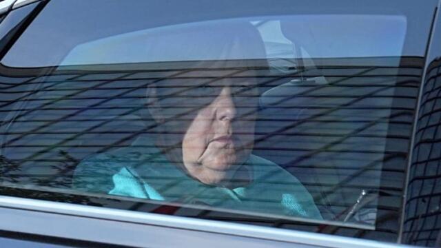 ΓΕΡΜΑΝΙΚΕΣ ΕΚΛΟΓΕΣ: ΣΚΕΠΤΙΚΗ Η ΜΕΡΚΕΛ ΜΕΤΑΒΑΙΝΕΙ ΣΤΗΝ ΕΔΡΑ ΤΟΥ CDU - ΔΕΙΤΕ ΦΩΤΟΓΡΑΦΙΑ