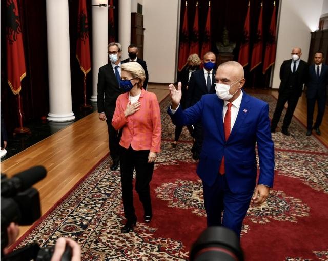 Ανήσυχη για την ένταση στο βόρειο Κόσοβο η Φον Ντερ Λάιεν