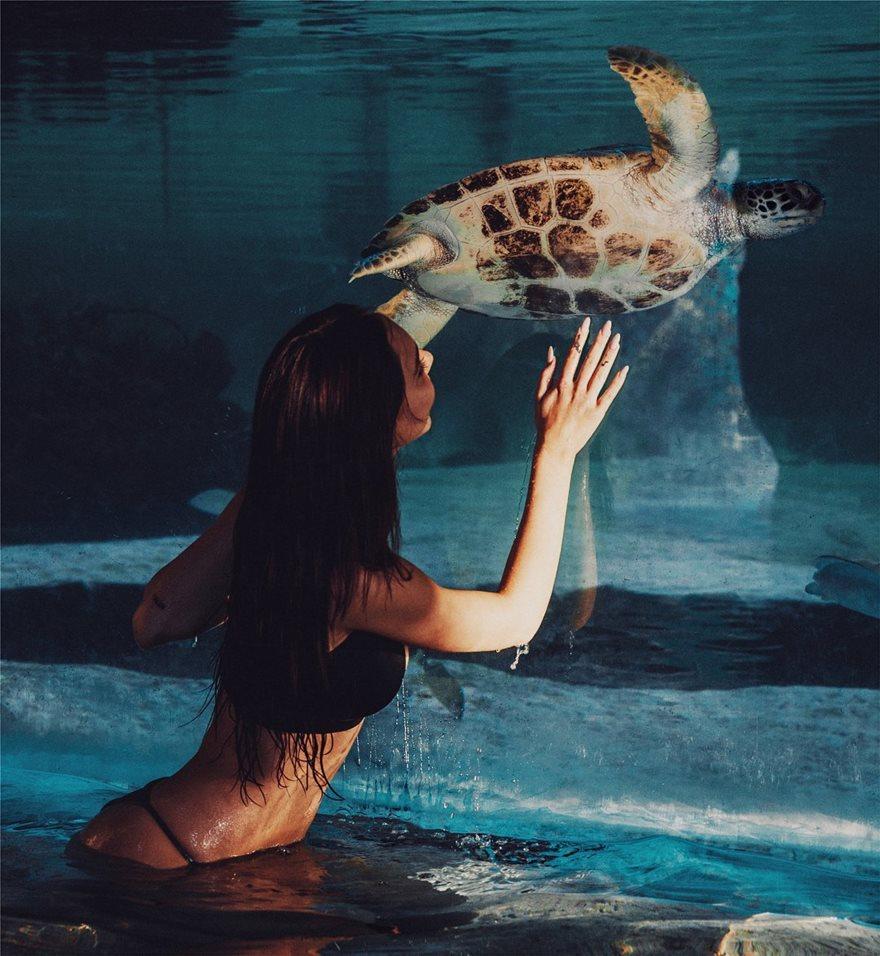 Alexis-Ren-Bikini-10