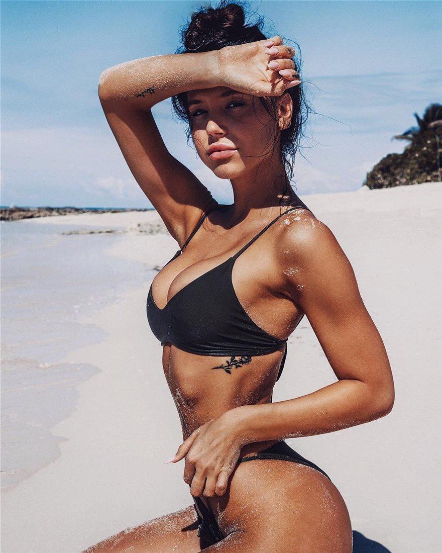 Alexis-Ren-Bikini-7