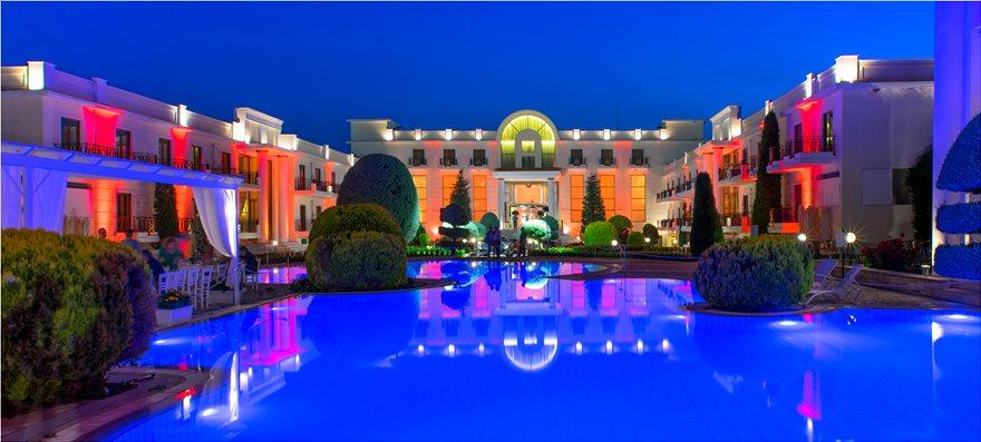 Epirus_Palace_Ferrari_120