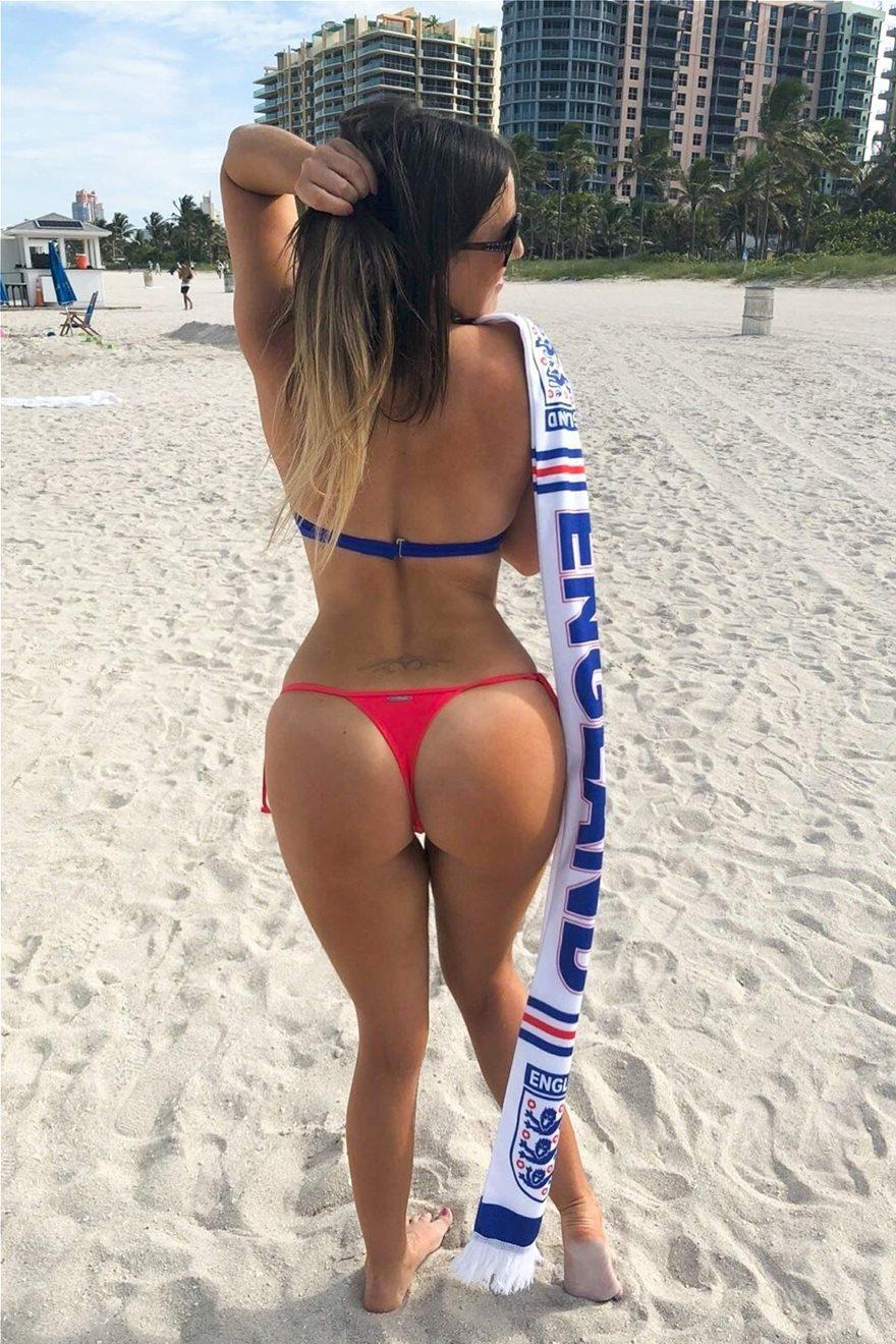 Claudia-Romani-Thong-Bikini-3