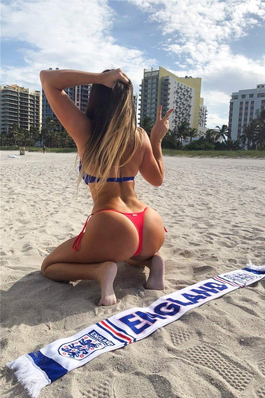 Claudia-Romani-Thong-Bikini-4