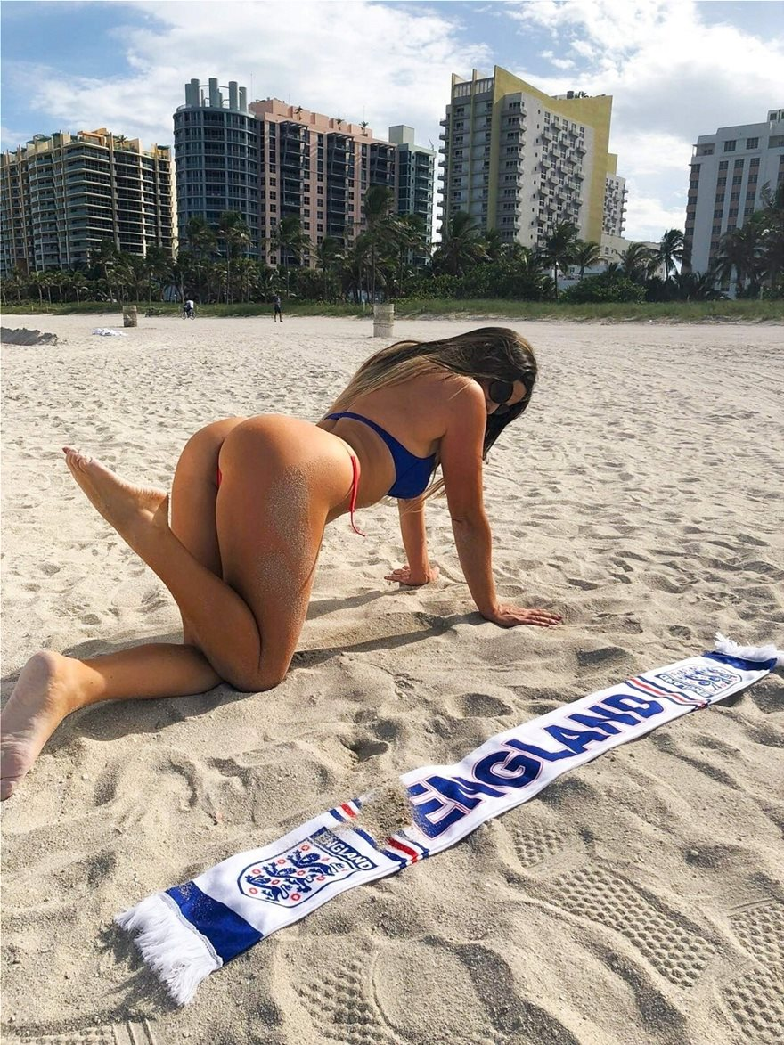 Claudia-Romani-Thong-Bikini-7__1_