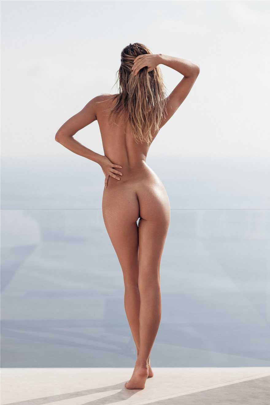 Sandra-Kubicka-Naked-Photoshoot-4