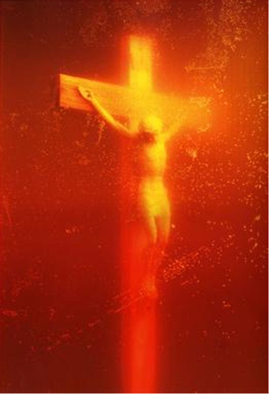 Piss_Christ_by_Serrano_Andres_