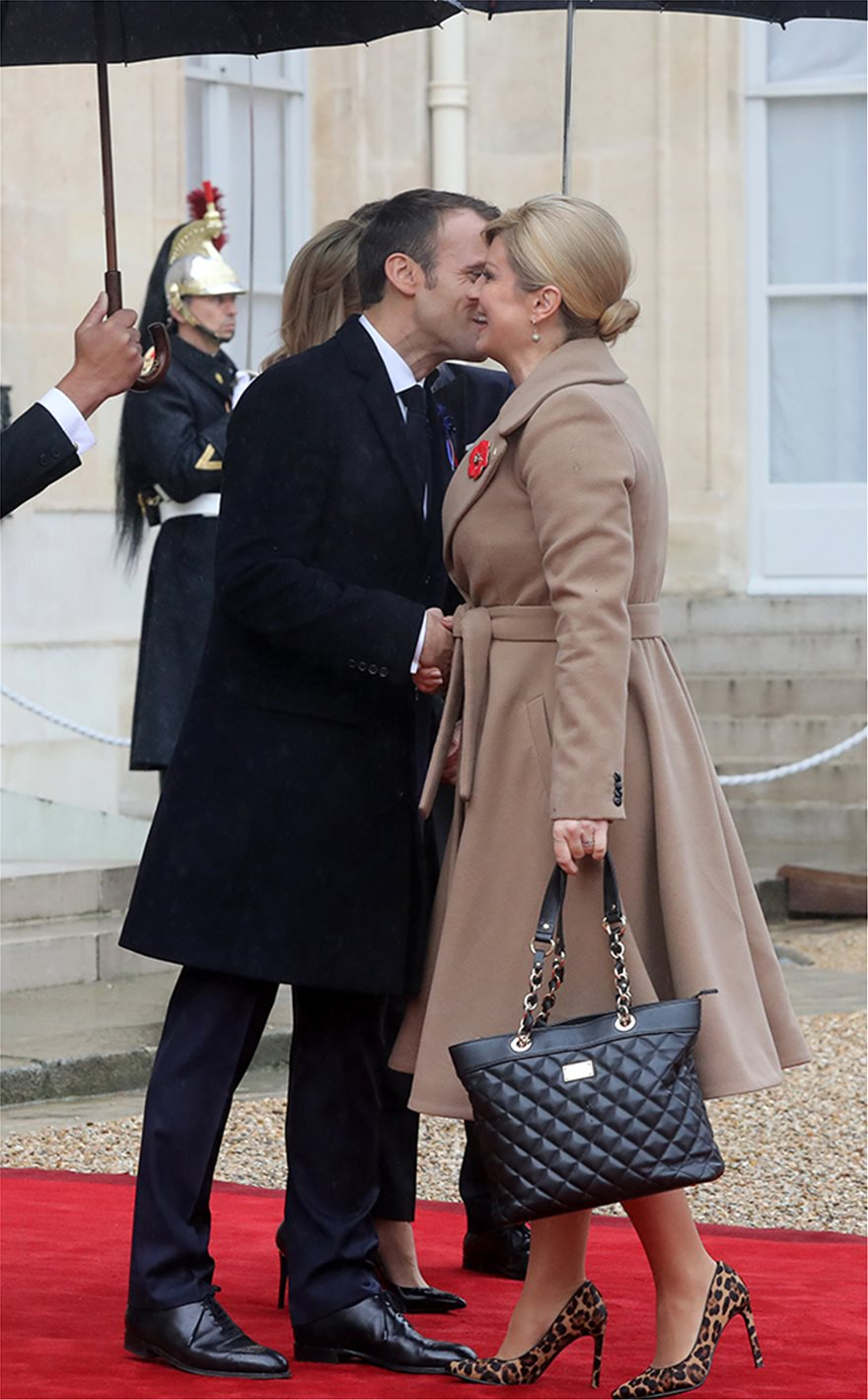 macron_kiss_kroatia_100yrs_wwi