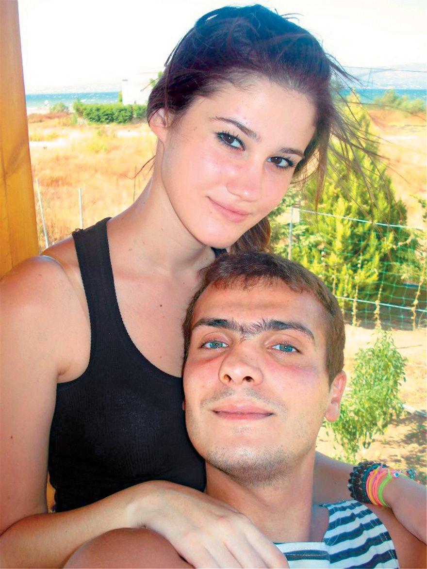 να βγαίνεις με την πρώτη σου αγάπη ξανά αναφορά στο διαδίκτυο ραντεβού απατεώνας