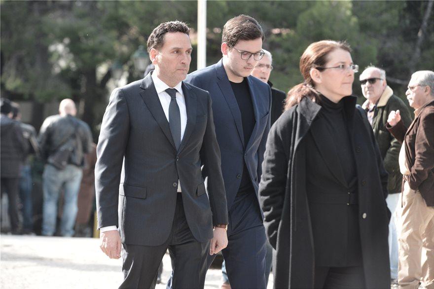 themos_ekklisia_dimitrakopoulos