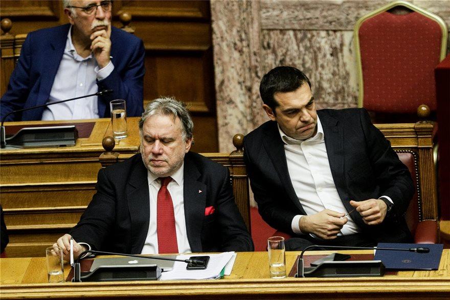 alexis-tsipras-koboloi-dyo