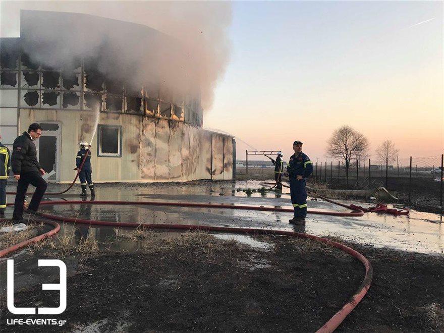 0103fotia-kaloxori1  Νεκρός πυροσβέστης σε φωτιά στη Σίνδο 0103fotia kaloxori1