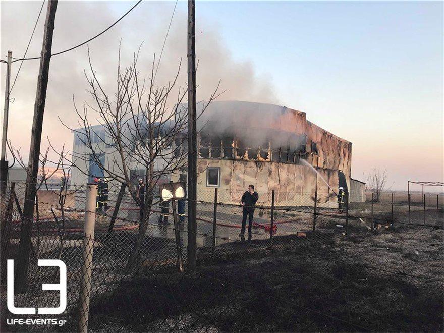 0103fotia-kaloxori3  Νεκρός πυροσβέστης σε φωτιά στη Σίνδο 0103fotia kaloxori3