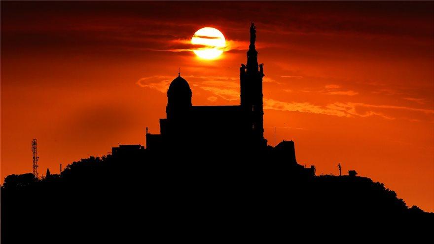 sunrise-kathedrikos