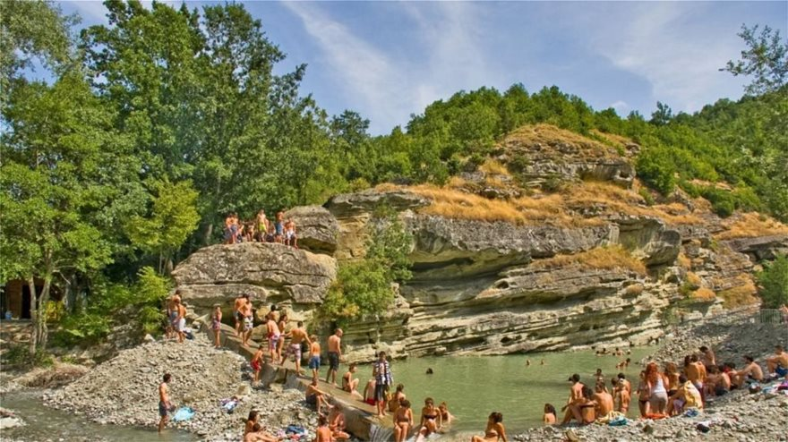 river_party1_ziaras_loukas_small