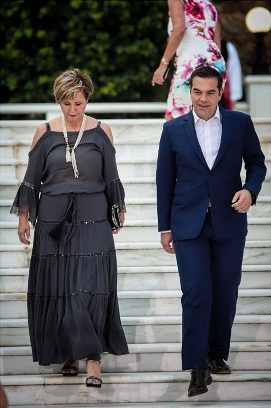 deksiosi-tsipras-gerovasili