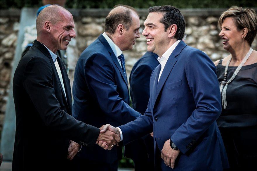 deksiosi-varoufakis-tsipras-ena