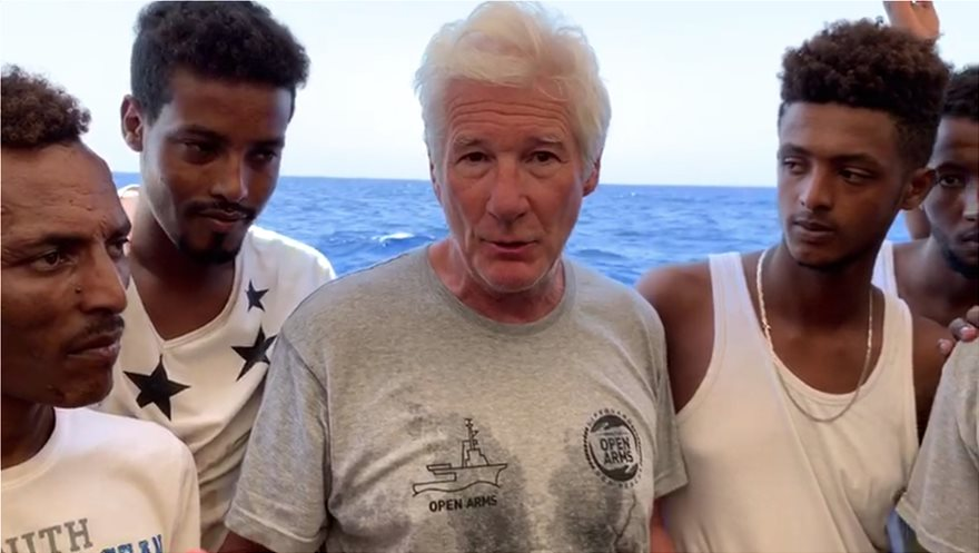 richard_gere_migrants