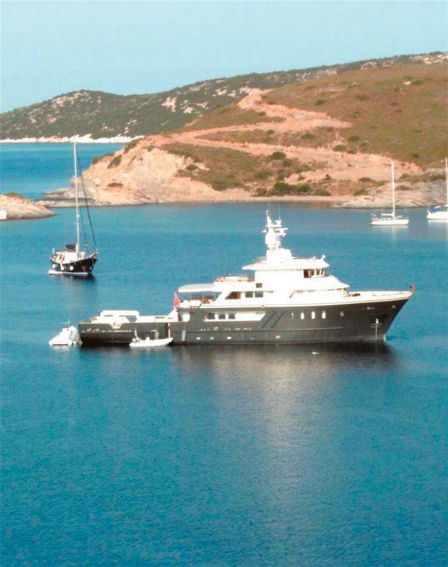 yacht_mykonos2