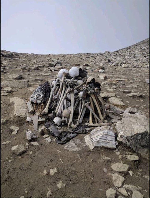 skeleton-lake-pente