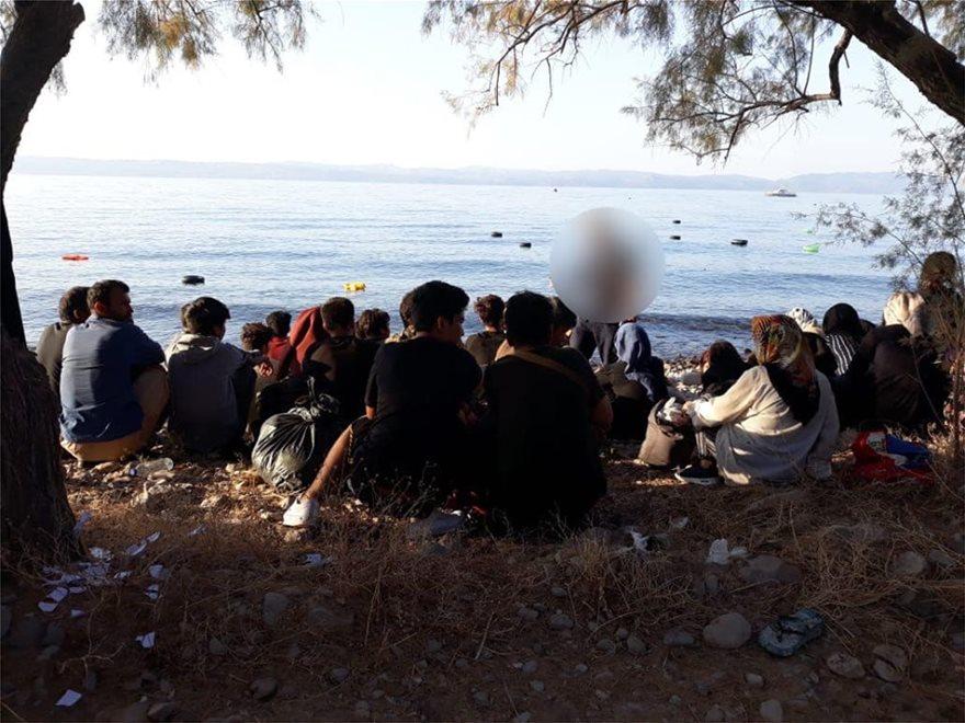 lesbos3  Ξύπνησαν μνήμες του 2015 στη Λέσβο: Σχεδόν 550 μετανάστες έφτασαν στο νησί μέσα σε μια μέρα! lesbos3
