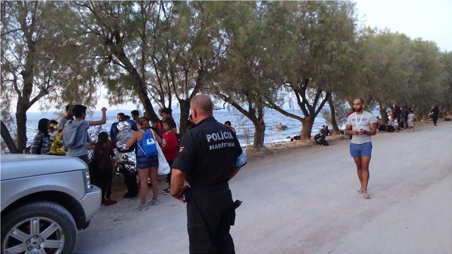 mesa-1  Ξύπνησαν μνήμες του 2015 στη Λέσβο: Σχεδόν 550 μετανάστες έφτασαν στο νησί μέσα σε μια μέρα! mesa 1